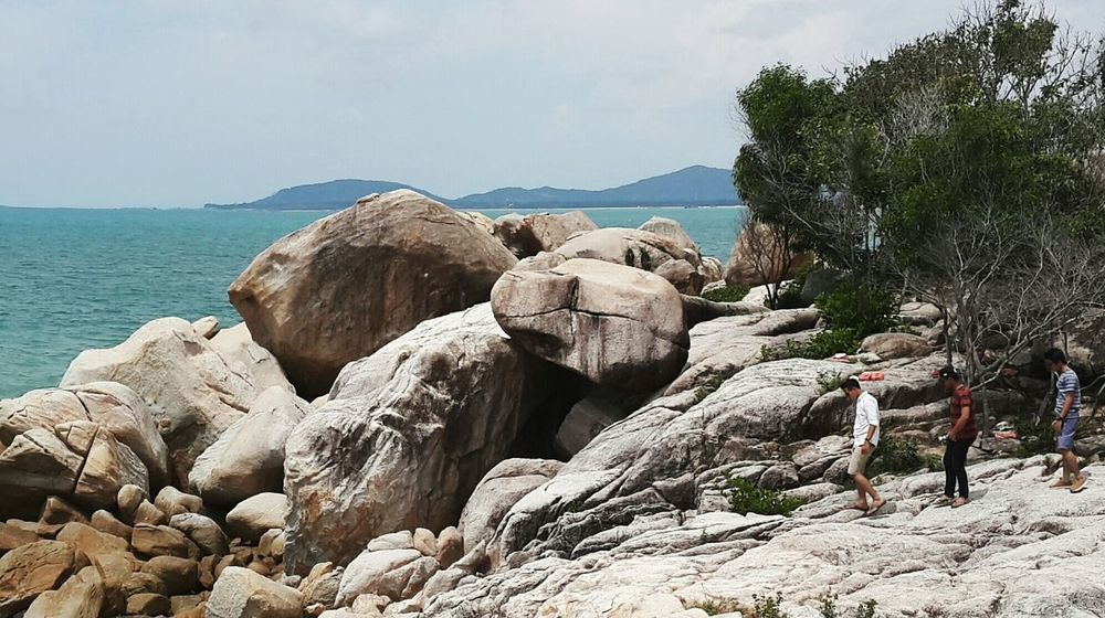 Together on White Giant RocksThe Following The Tourist Bangka Belitung Nature Giantrocks The Great Outdoors - 2016 EyeEm Awards The Adventure Handbook The Essence Of Summer Feel The JourneyCheck This Out--at Parai Beach, Bangka, Bangka Island, INDONESIA