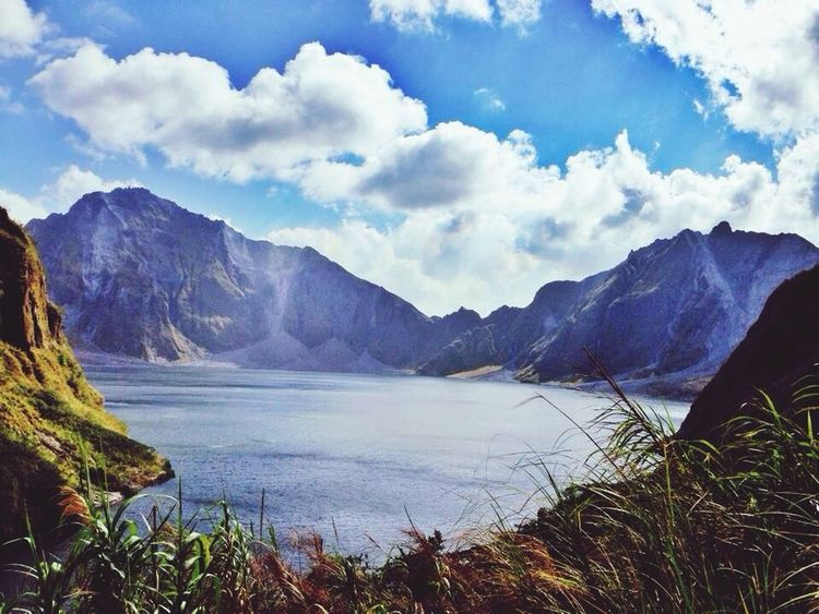 Traveling Mount Pinatubo Adventure Trecking
