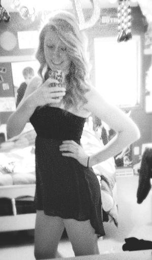 Homecoming dress Dress Mirror Selfies  Hey  Beauty