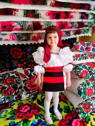 Traditional Clothing Maramures County Sister Love ♥