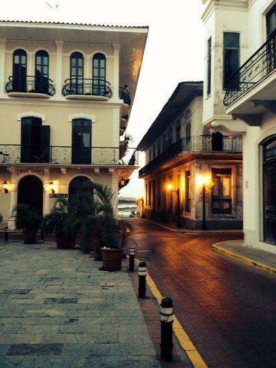 Caminando Walking Around EyeEm Panamá Meetup Ontheroad Colors