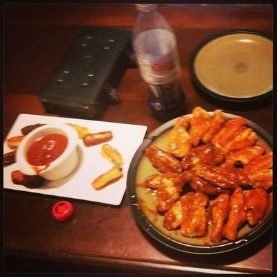 Superbowl apps Cheesesticks Chickenwings