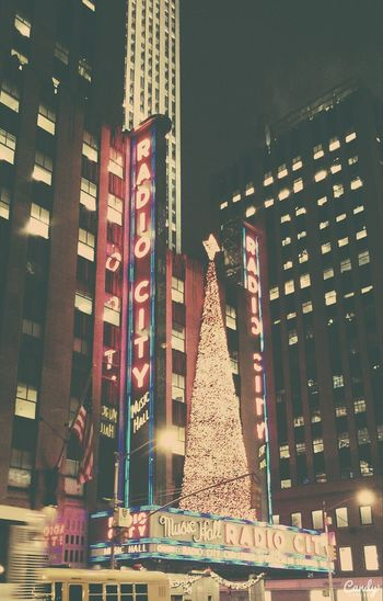 Radio City Music Hall (: Newyorkcity 6thavenue Soubrette The Reign Of Music Beautiful Place Christmas Lights Lots Of People Magic Is In The Air Radio City Music Hall Excited :)