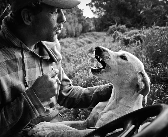 Open Edit RePicture Friendship Social Documentary Mans Best Friend Black & White The Moment - 2015 EyeEm Awards Beauty Redefined Capture The Moment
