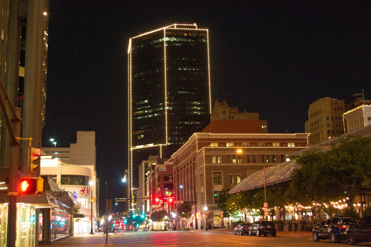 More views of the Downtown Fort Worth night life. #EnjoyDaVision VSCO Enjoydavision Texas Streetphotography Downtown Fort Worth Vscocam Beautiful Enjoying Life Photographer City Illuminated Cityscape Street Light Downtown Urban Scene