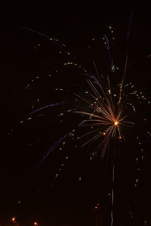 Fuegos Pirotécnicos Celebration Celebracion Chispas Efectos Visuales Event Evento Exploding Fireworks Firework - Man Made Object Firework Display Fuegos Artificiales Fuegos De Artificio Glowing Illuminated Juegos Pirotecnicos Long Exposure Motion Night Sky Noche Pirotecnia Polvora Negra Dark Powder Sparks Still Life