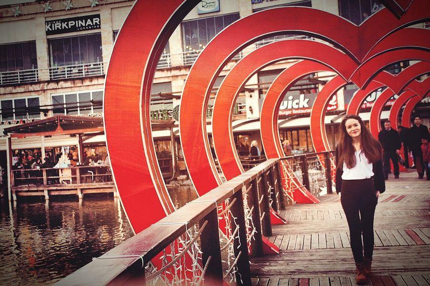 Tebessüm bedavadır.Vereni üzmez,alanı mutlu eder.. /Şems-i Tebrizi/ 😉😊😍❤ Semsitebrizi Kisasozler Kalp Viaport Istanbulove Love Aşk Gupguzelgun Soz Sair