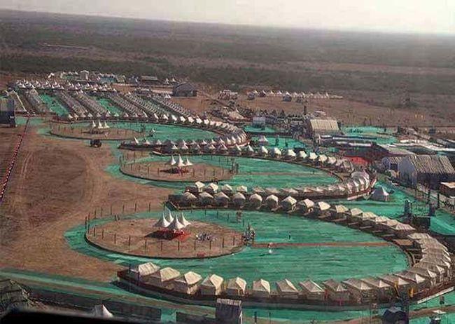 Gujarat India Desert Kutch Festival Surat Hanging Out