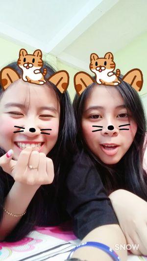 Adults Only Friendship Triển Và Đồng Bọn 很可爱 Vietnamese Happiness Togetherness Lifestyles Smiling Childhood Cheerful Cute Triển 加油清泉
