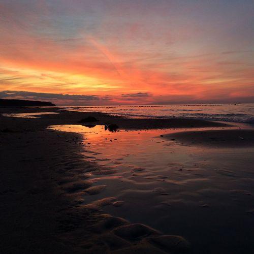 4/4 sunsets Sunset Sky Orange Color Reflection Sea Sunsets Ostsee Ostseeküste Rostock Warnemünde Baltic Sea Sonnenuntergang Summer Exploratorium