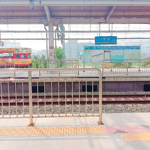 No People @sunnyday @trainstation 😍😍😍😍😍.