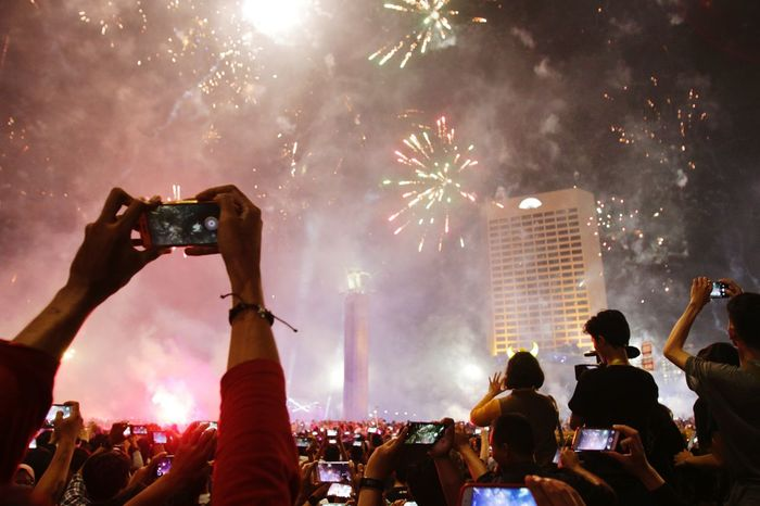 Mobile Fireworks Crowd Event Arts Culture And Entertainment Music Fun People Celebration