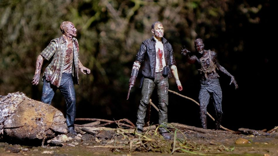 Can't wait to watch The Walking Dead season finale tomorrow! 😃 (Yes, I have to wait an extra day as I'm in the UK) Toyphotography Toycommunity Toys Actionfigure Thewalkingdead TWD Mcfarlanetoys Merle Zombies  Walkers The Walking Dead