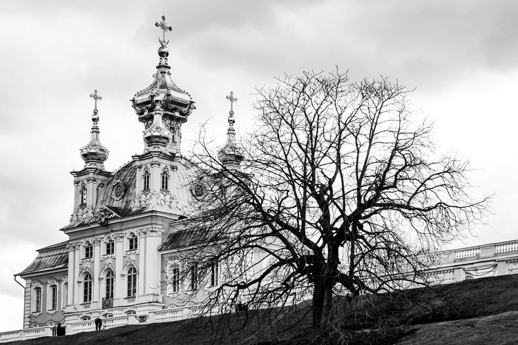 EyeAmNewHere Russian Versailles UNESCO World Heritage Site Tourism In Russia Church Architecture Sky Built Structure Building Exterior Low Angle View Tree Travel Destinations Religion EyeEmNewHere