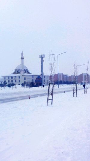 New day, same things... Winter Snow Cold Temperature Architecture No People Built Structure Business Finance And Industry Nature Outdoors Sky Day Snowing Mosque