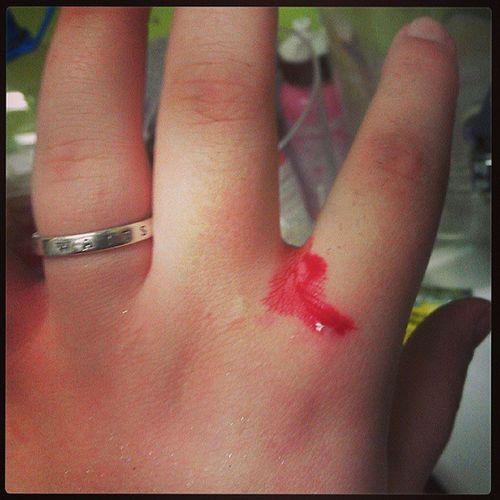 Ouch Hairstylist Didn 'tneedthatknuckle