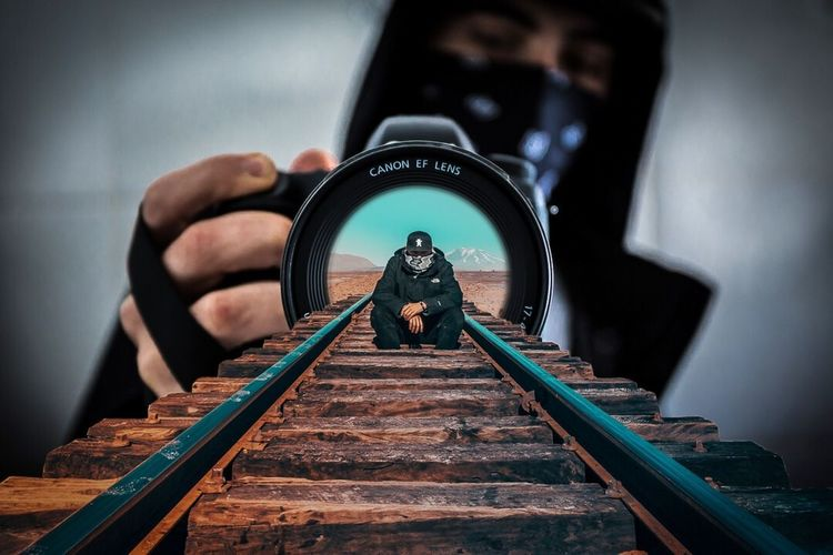 Selfie within a selfie The Creative - 2018 EyeEm Awards
