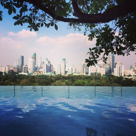 Pool Pooltime Skyscraper City Water Reflection Urban Skyline Cityscape Infinity Pool Bangkok Lumpini Park Sky
