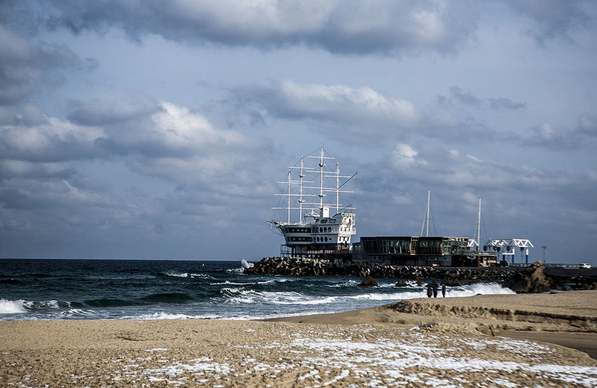 Jeongdongjin Winter Sea South Korea Korea Beach Sun Cruise Restraunt