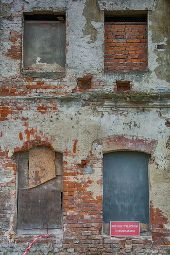 Architecture Built Structure Building Exterior Wall - Building Feature Old Weathered Wall Brick Wall Brick Building Abandoned Window Old Windows Four Old Windows