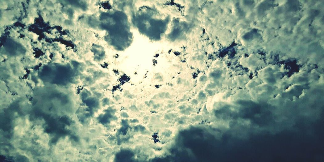 Cloud - Sky Sky And Clouds Below The Clouds Alonetraveler Outdoor Pictures Outdoorphotography Outdoors, Outside, Open-air, Air, Fresh, Fresh Air,