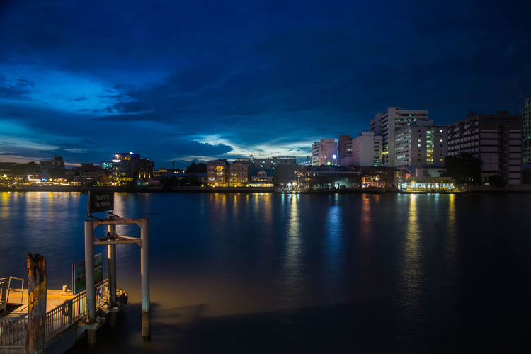 Bangkok Calm Chaopraya River City City Life Cloud - Sky Harbor Night Outdoors Reflection River Sky Thailand Tourist Attraction  Twilight Twilight Sky Twilightscapes Water Waterfront