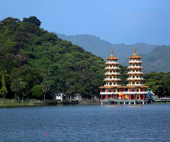 The Tiger and Dragon Pagodas at the Lotus Lake in Taiwan Green Hills Kaohsiung, Taiwan Lake Landmark Lotus Lake Pagodas Religion Tiger And Dragon Tourism Tradition Travel Destinations