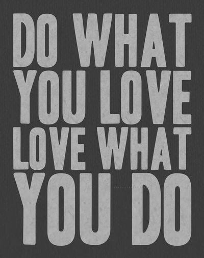 「请问我该如何选择专业?」选你爱的!趋势潮流会改变,但当你深深着迷一件事,你会有足够的好奇与热忱,热忱里还会产生更多热忱,而热忱能支撑你走得很远很远,能帮你把兴趣变专长,把专长变工作,把工作变事业。所以、、、就选你爱的吧! Do What You Want