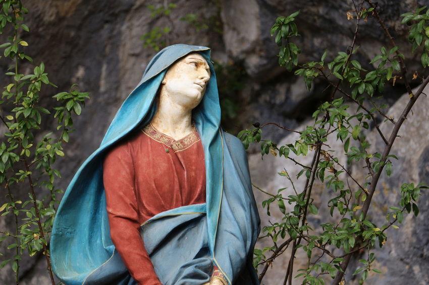 Prieuré Foi Marie Croyance Religions Provence Sainte Baume Statue Architecture Religion Spirituality Saintevierge marie