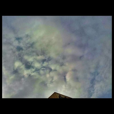 Puddingcamera الله يجيب الخير غيوم على الرياض KSA camera samsung Saudi Arabia 2013 picture march photographic image puddingto انستاقرام غائمة Riyadh clouds cloudy weather
