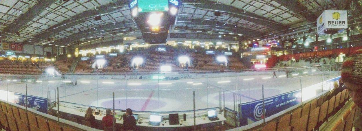 hockey night! :-)