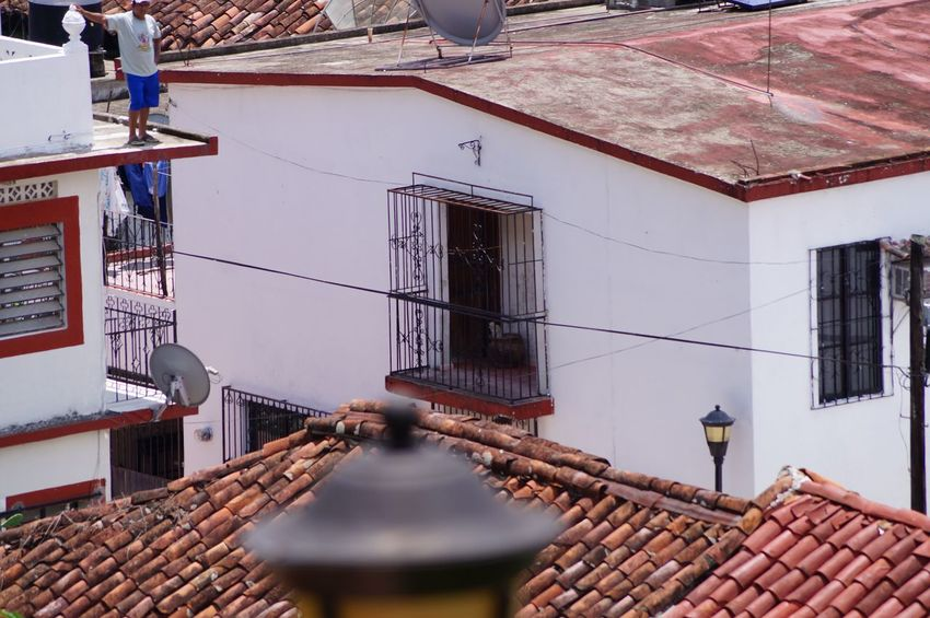 #House #pueblomagico #tapijulapa #traveling Architecture Balcony Building Exterior Built Structure Day
