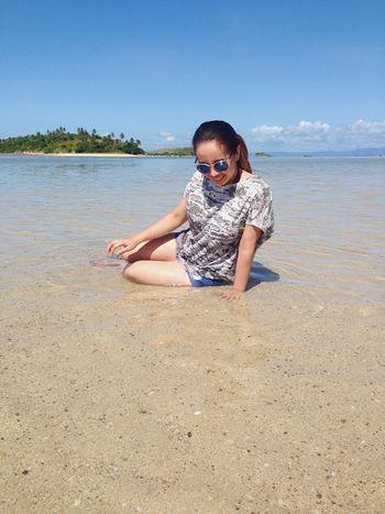 Candid moments are the best. Caramoan Island, Camarines Sur Cotivasisland Enjoying Life Hello World Itsmorefuninthephilippines Summertime Beach Photography Sandbar