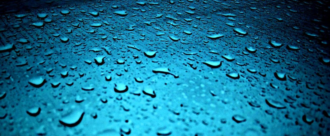Backgrounds Water Drop Full Frame Rain Textured  No People Weather Wet Close-up Pattern RainDrop Surface Level Nature Indoors  Cold Temperature Fragility Beauty In Nature Surface Freshness Rainy Days Rain In Los Angeles Rainy Days☔ Raining Rain Drops