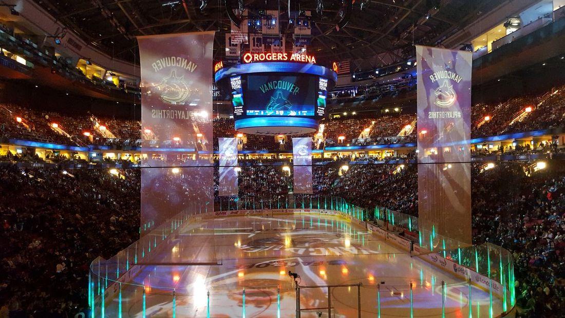 Vancouver Hockey Illuminated Hockey Arena Hockey Night Canucks Canucks Ice Canada