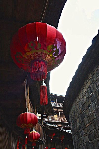 Hakka Ancient Culture Yongding Hakka Circle House Fujian, China Hokkien Chinese Culture Walking Around ASIA EyeEm Gallery Lovely Day Shooting Like Painting Wanderer Wandering Around Aimlessly Looking Up! Tourist Attraction  Tourist Tourism Traveling In China