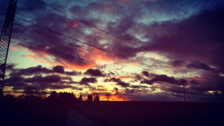 Clouds Sky Beautiful Cloudsporn Cloudscape Wonderful Impressive Sunrise Cloudart Cloudchasing Cloudy Clou