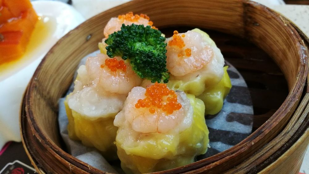 ASIA Asian  Breakfast Chinese Dim Sum Cuisine Dinner Guangzhou Lunch Meal Shrimp Brocolli China Close-up Delicious Dumpling  Food Fresh Freshness Gourmet Healthy Eating High Angle View Indoors  Prawn Dumplings Seafood Serving Size