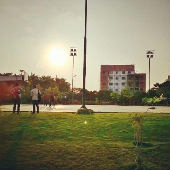 Lumia love ❤ Lumiacamera Vit Chennai Indiagram Silhouette Sunset Shades Shadows Clouds Sky Skyporn Gradient Lategram Rise Bliss Tfl Fslc 320shotstheory Urbanporn obsessed with sky nowadays 😎
