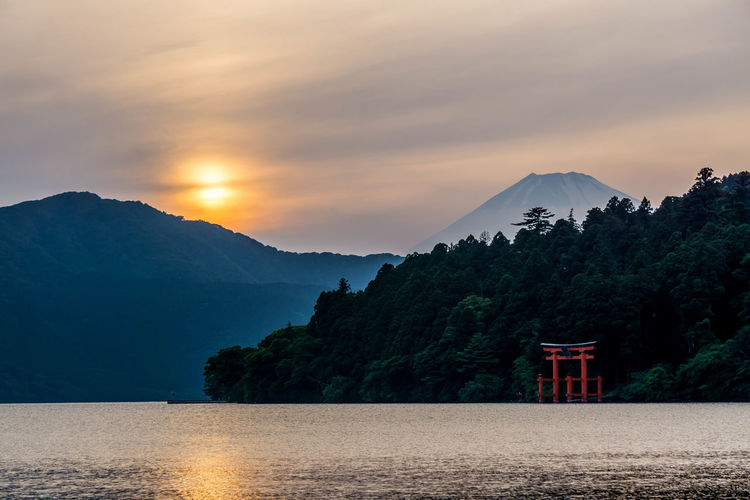 Ashino Lake Beauty In Nature Day Fuji Lake Mountain Mountain Range Nature No People Outdoors Scenics Sky Sunset Tranquil Scene Tranquility Tree Water The Week On EyeEm Lost In The Landscape