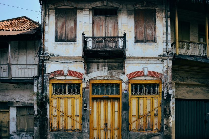 Old building in Surabaya, East Java, Indonesia. Architecture Built Structure Door Building Exterior No People Outdoors Day Old Buildings Old Town Old Building  Old Architecture Architecture Surabaya INDONESIA