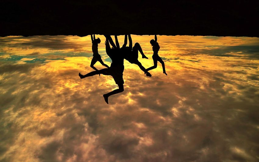 begampung Extreme Sports Full Length Togetherness Teamwork Challenge Adventure Skydiving RISK Friendship Men