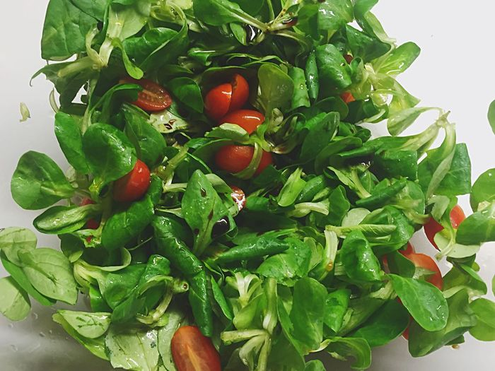 Salad.. Salad Salad Time Making Salad Vegetarian Food Vegetable Vegetarian Food Foodphotography Green