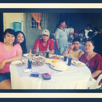 Thank you sa foods! :) Family Happylunch Busog