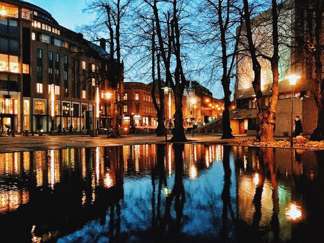 The blue hour | Oslo Norway Visitnorway Oslo Visitoslo Cityscapes Nightphotography Reflection Oslo Norway Illuminated Beautiful Destinations Sony A6000 Sonyphotography Handheld Exposure
