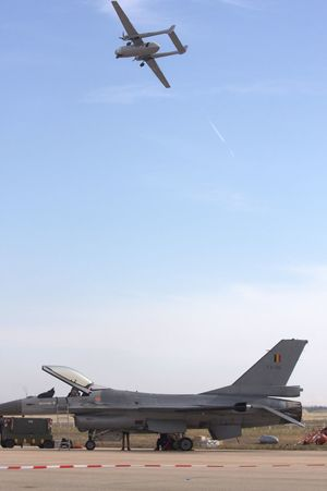 Nord 1501 Noratlas over F-16 Fighting Falcon. Airshow Airforce F16 F16fightingfalcon