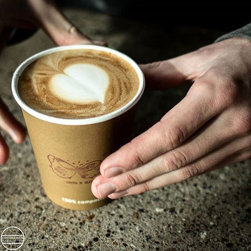 @tomhewlett serving me a killer latte in @beatsworkin Coffeenskate Coffee Kierensolomonphotography Loveheart