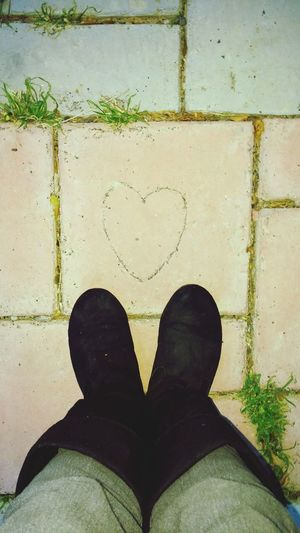 Stumbling upon a heart makes my day! I know it will be or has been a good day.