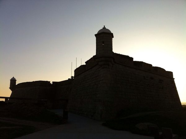 At Forte De São Francisco Xavier Do Queijo (Castelo Do Queijo)