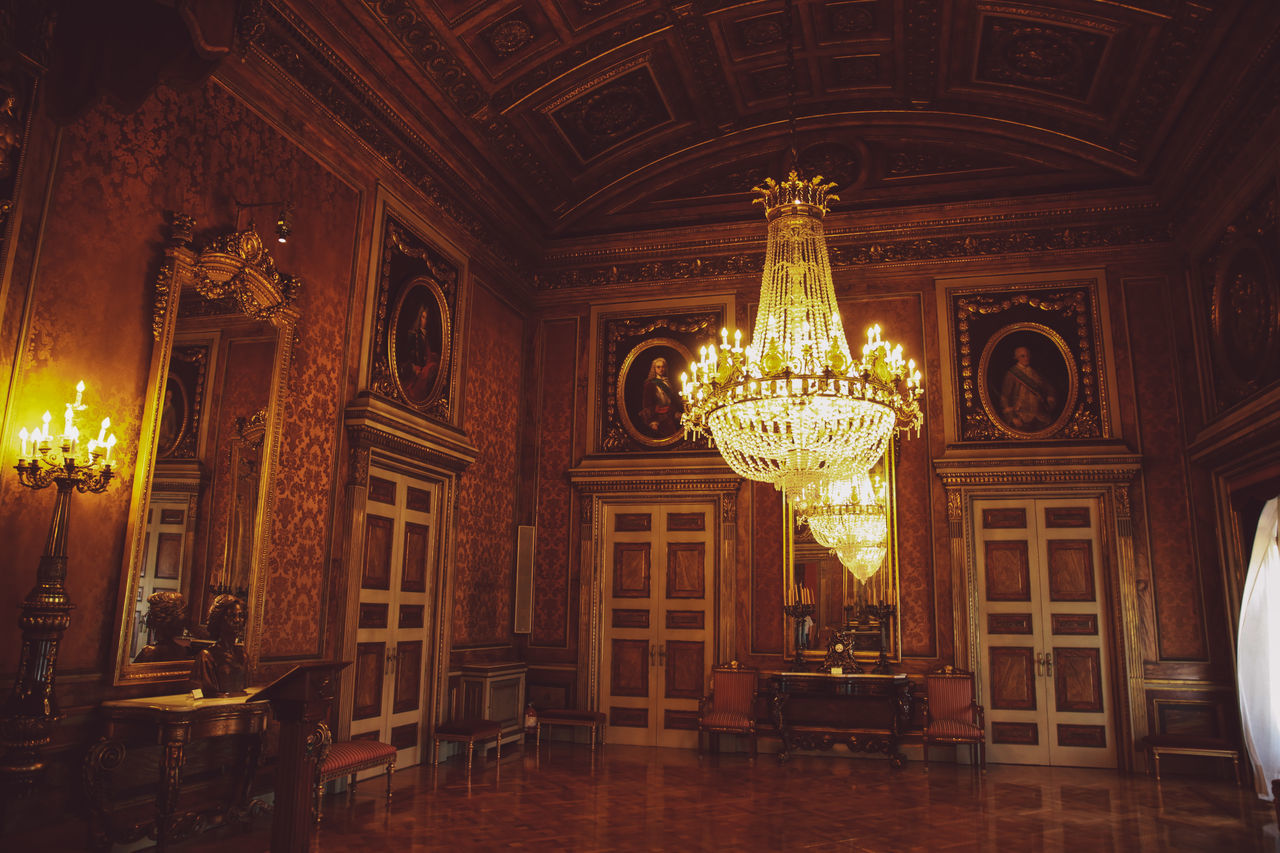 illuminated, luxury, indoors, architecture, no people, built structure, day